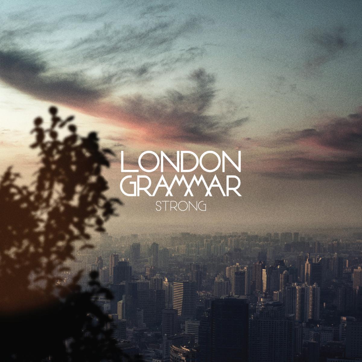 "Music / London Grammar<span class=""slide_numbers""><span class=""slide_number"">5</span>/6</span>"