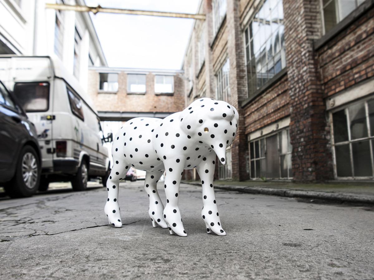 """Parra / Sculpture / Jean Pierre LeDouche<span class=""""slide_numbers""""><span class=""""slide_number"""">1</span>/2</span>"""