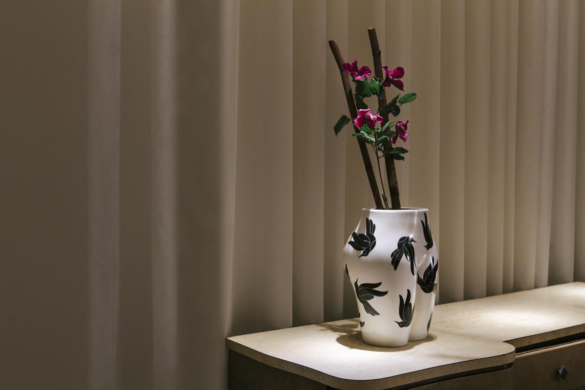 """Parra / Sculpture / Case Studio - Vaso Di Culo<span class=""""slide_numbers""""><span class=""""slide_number"""">9</span>/12</span>"""