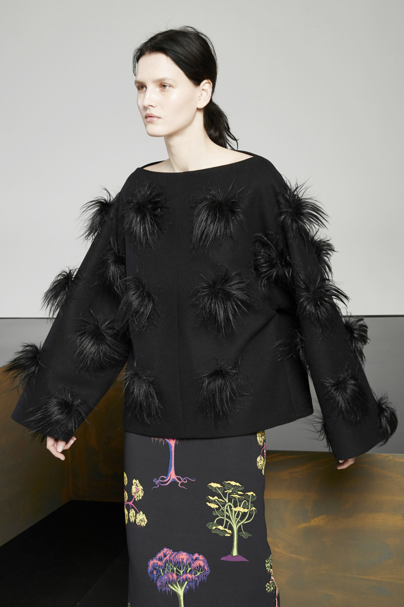 "Will Sweeney / Product & Licensing / Stella McCartney - Pre-Fall 2015<span class=""slide_numbers""><span class=""slide_number"">7</span>/7</span>"