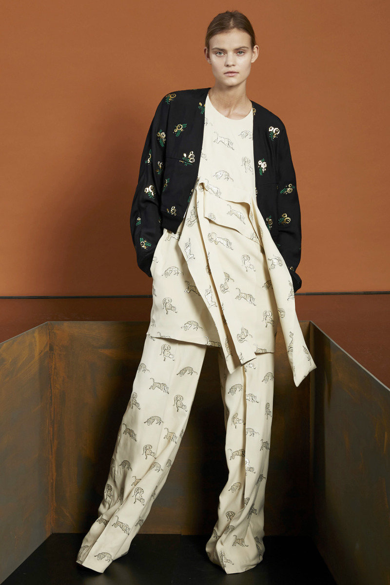 "Will Sweeney / Product & Licensing / Stella McCartney - Pre-Fall 2015<span class=""slide_numbers""><span class=""slide_number"">4</span>/7</span>"