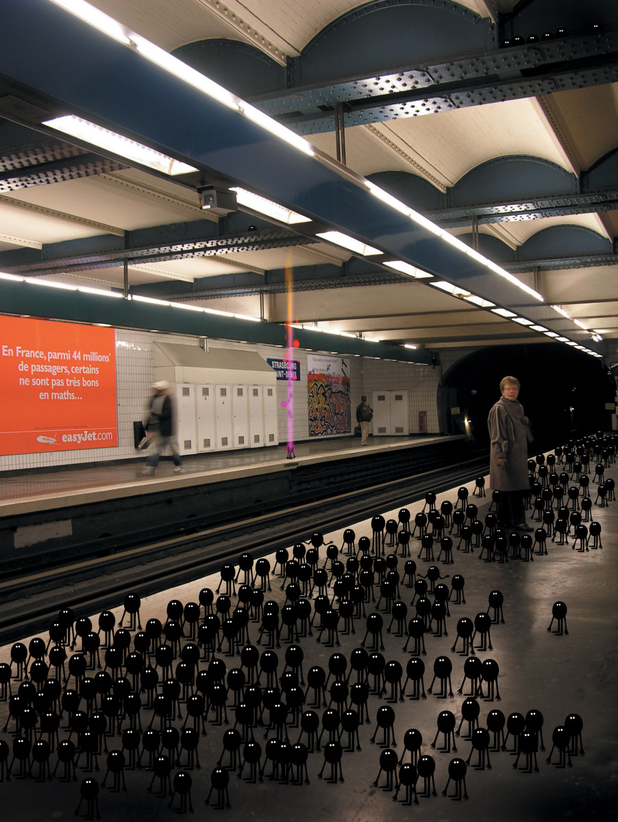 "Geneviève Gauckler / Personal Work / Invasion<span class=""slide_numbers""><span class=""slide_number"">2</span>/24</span>"