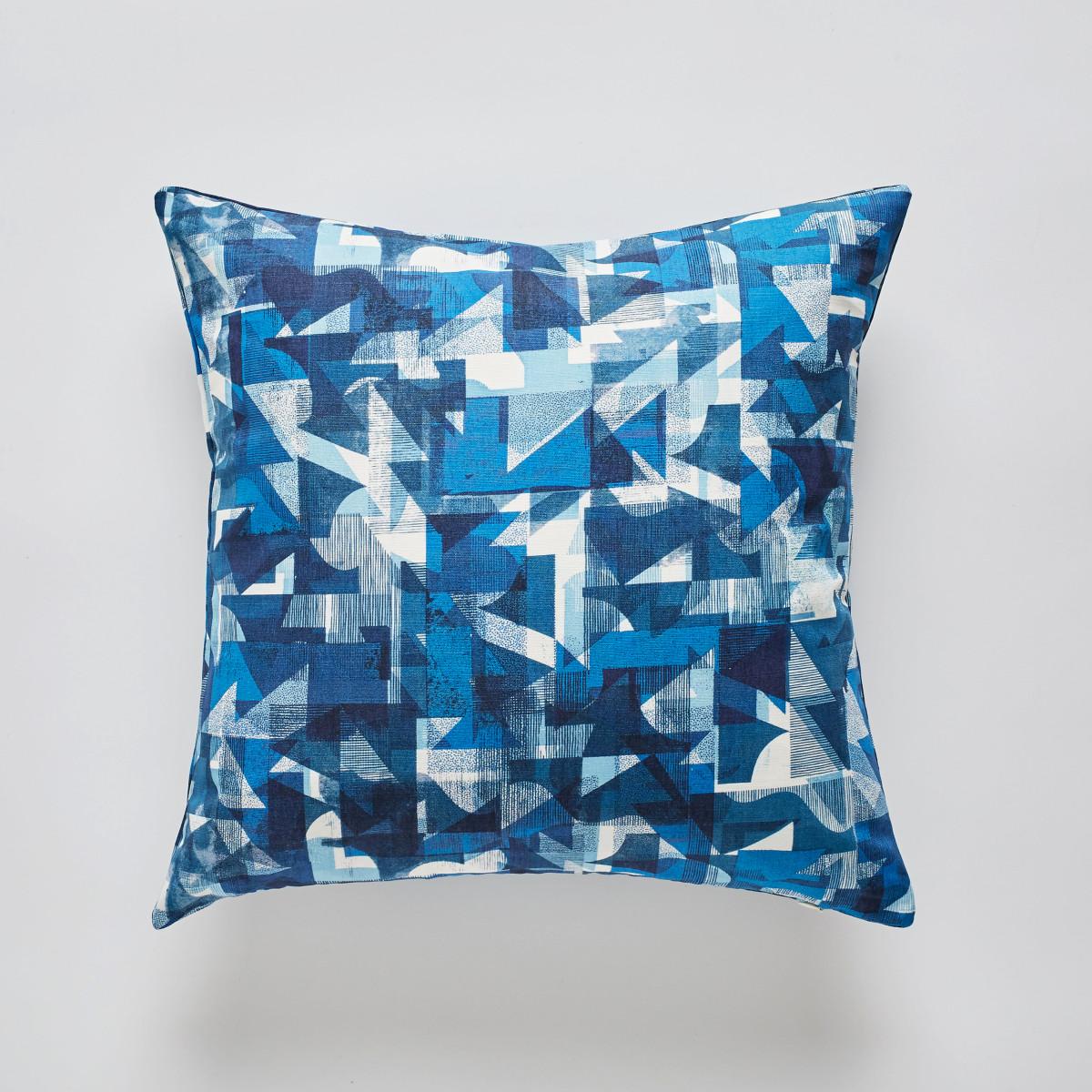 """Kate Gibb / Commercial Work / 'Flock' Textiles<span class=""""slide_numbers""""><span class=""""slide_number"""">5</span>/11</span>"""